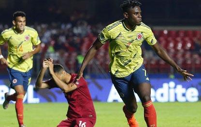 20190621052210-colombia-es-el-primer-clasificado-a-cuartos-de-final-de-la-copa-americ-33a.jpg
