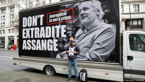 20200225234241-juicio-de-extradicion-de-assange.jpg