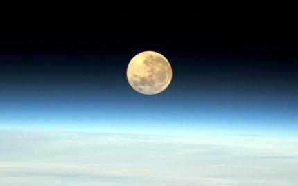 20200303024305-super-moon-marzo-9-2020-2.jpg