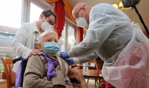 20201228011901-europa-inicia-campana-de-vacunacion-contra-el-covid-19-2.jpg